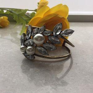 Jewelmint cuff